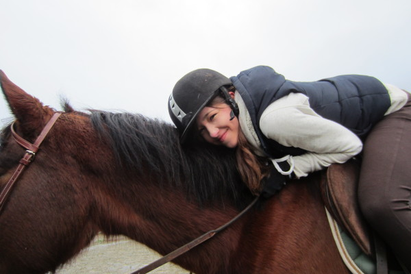 Theresia on horse